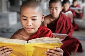 17-David-Lazar-Novice-Monks-Reading