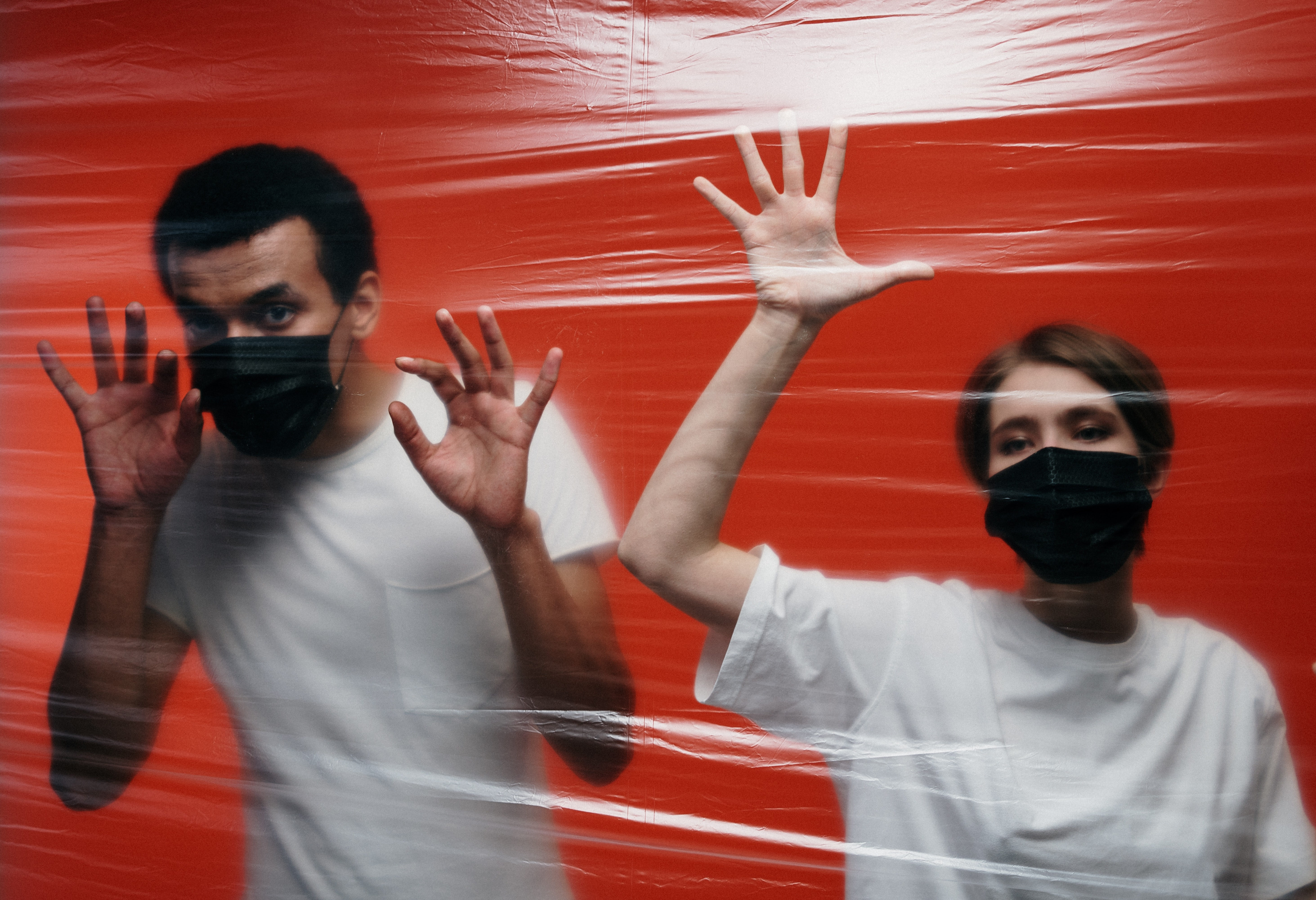 couple-in-quarantine-3952198